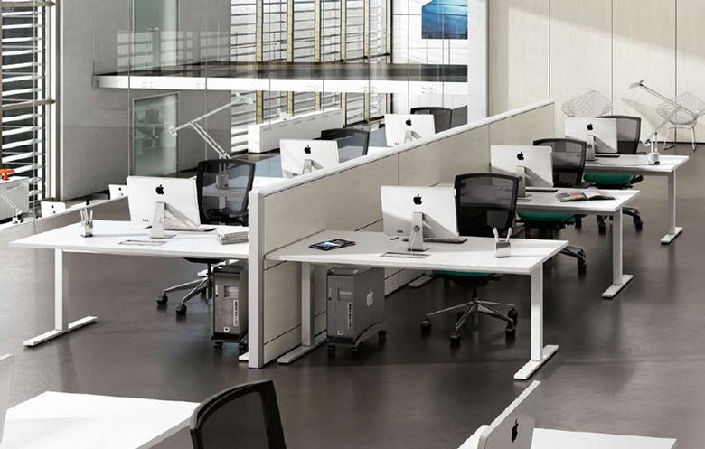 Le scrivanie ufficio operative per massimizzare for Arredo ufficio modena