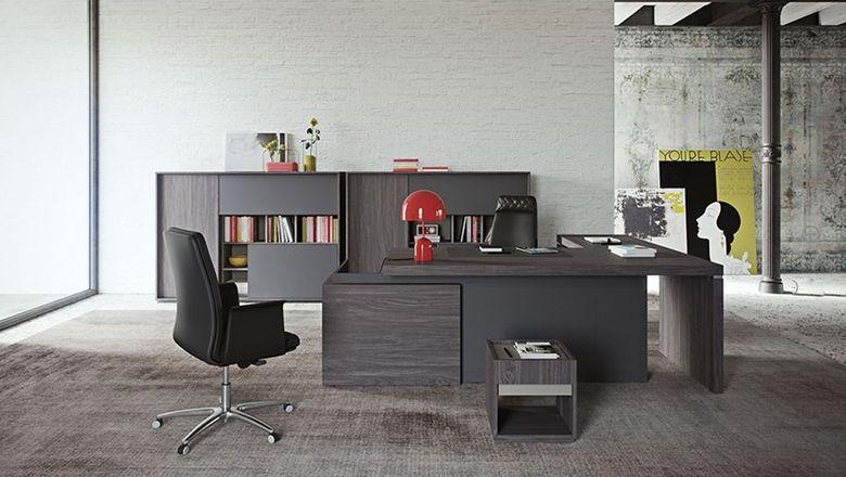 Scrivania ufficio direzionale gam arredi botticelli with for Design ufficio scrivania