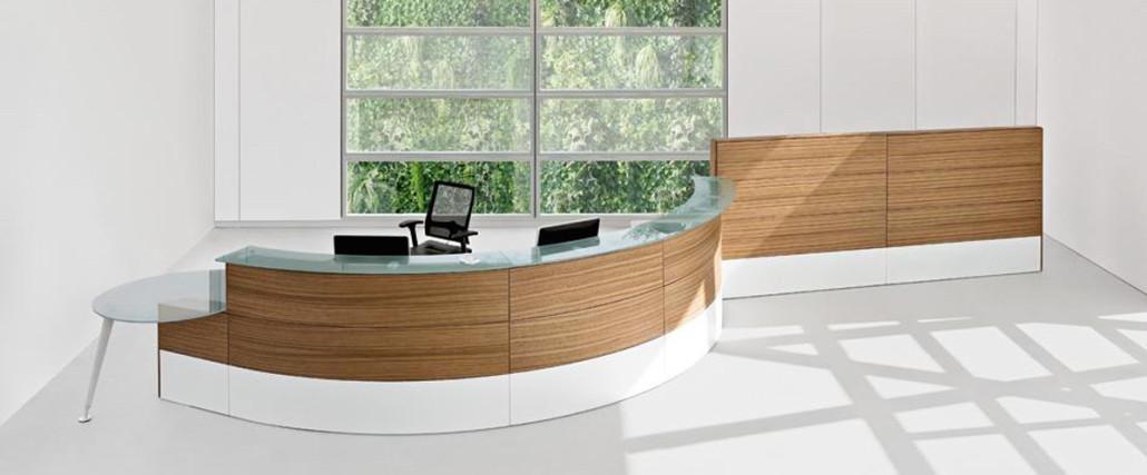 Banconi reception e arredo ufficio chiavi in mano a for Mobili da reception
