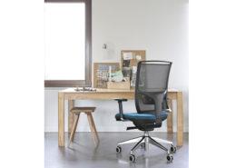 Sedia ufficio blu nera Puccini 07