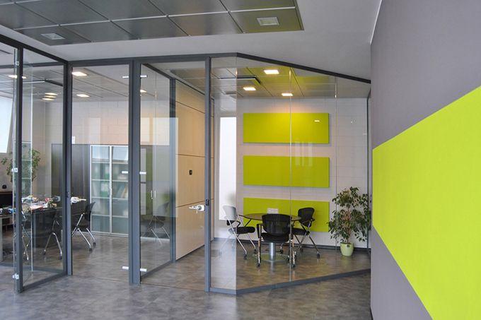 Pareti divisorie in vetro l 39 eleganza per i tuoi uffici for Arredi per pareti