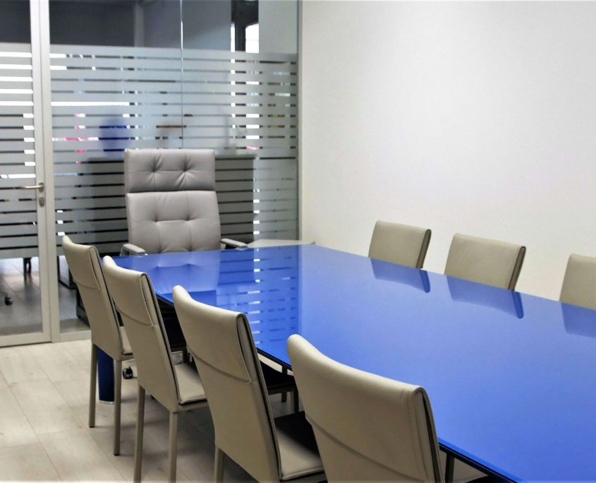 Esempio tavolo riunioni cliente Aria Immobiliare