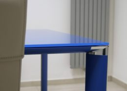 angolo tavolo riunione cliente Aria Immobiliare