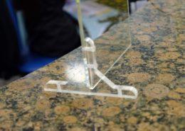 Protezione in plexiglass da scrivania