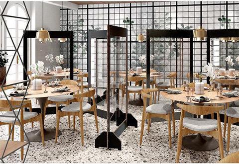 divisori separatori in plexiglass per bar ristoranti